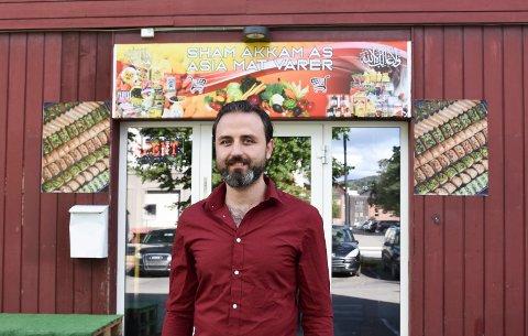 NY BUTIKK: Badereddin Sarraj har startet ny butikk i Brumunddal.