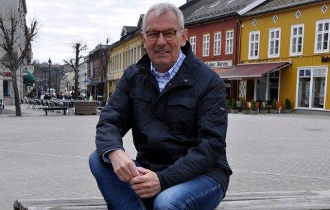 MINNES: - Du har vært som en lang rød tråd gjennom hele mitt liv og min familie, skriver Jan Gunnar Hagen i minneordet om Nils-Erik Andersen (bildet).
