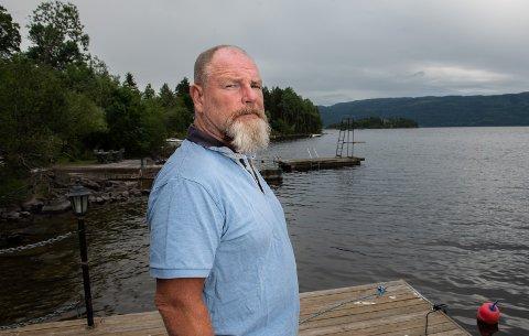 De gode minnene fra barndommen da Jørn Øverby fikk lov å dra over på Utøya å leke, er nå blandet med de jævlige minnene fra 22. juli.