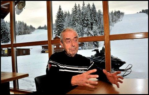 FIN START: Leif Skaar har fått en fin start på alpinsesongen 2018/2019. Nå er også hovedbakken klar til bruk.