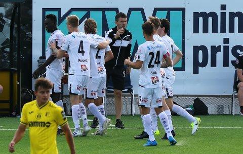 BRANN-LINK: Eirik Bakke blir linka til den ledige jobben som Brann-trenar, men seier sjølv at han blir verande i Sogndal.