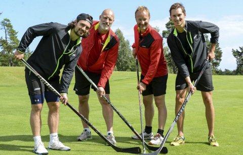 UVANT: Noe uvant for Mats Zuccarello Aasen, Kjetil André Aamodt, Lasse Kjus og Brede Csiszar å spille golf med hockeykøller.