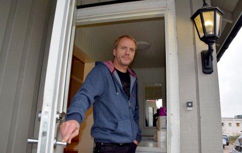 ÅPNER SEG SELV: Inngangsdøra til familien Thorgrimsen åpner og lukker seg selv.