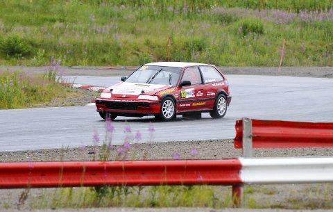 LEDER NM: Ole Henry Steinsholt vant åpningsrunden i juniorcupen. Nå ønsker han å fortsette i samme spor når NM-sirkuset fortsetter på Grenland motorsportsenter.FOTO: KRISTIAN HOLTAN