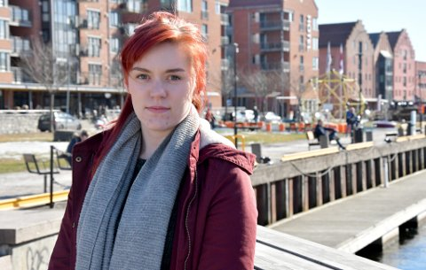 Sofia Norschau og flere andre tidligere ansatte ved Barkaden Skien reagerer på måten de har blitt behandlet av sin tidligere arbeidsgiver.