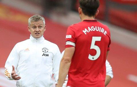 Harry Maguire ble verdens dyreste forsvarsspiller da Ole Gunnar Solskjær og Manchester United kjøpte ham for rundt 900 millioner kroner i fjor sommer.