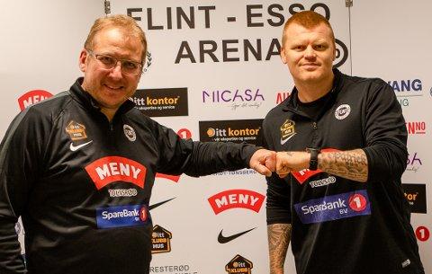 TRAPPER NED:  Espen Røkaas reduserer sitt engasjement som sportslig leder for seniorfotballen og A-lagstrener John Arne Riise.