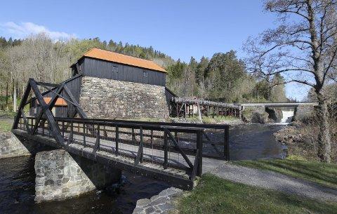 Skal ansette ny historiker: Næs jernverksmuseum ansetter i disse dager en ny historiker.  Søkerlista med fjorten menn og to kvinner er nå offentlig.
