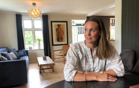 NY RETNING: Livet tok en ny retning for Caroline Aune etter at ektemannen tok livet sitt i 2015.