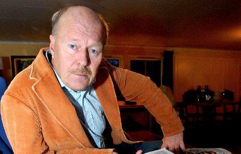 Den tidligere profilerte programlederen fra Stord takket først ja til å stå på stortingslisten til Demokratene i Hordaland. I siste liten valgte han han å trekke seg.