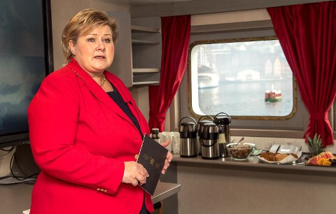 Statsminister Erna Solberg lover millioner kroner til kulturen i Bergen.