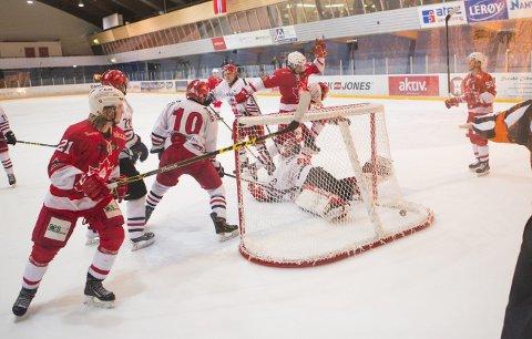 Bergen Ishockeyklubb Elite slo seg selv konkurs den 19. juni. Klubben har i lengre tid hatt økonomiske problemer, og det har blitt avdekket mangelfull økonomisk styring av klubben. Nå skal en såkalt borevisor gå grundig til verks for å se hva som har foregått i klubben. (Arkivfoto: Emil Weatherhead Breistein)