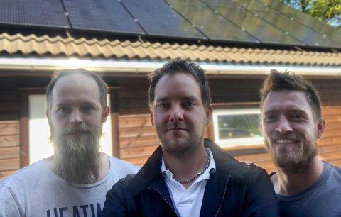 Startet bedrift i 2019: Trond Haugvaldstad, Håvard Hodnefjell og Kenneth Aske har startet opp bedriften Green Islands Installation AS på Mosterøy.