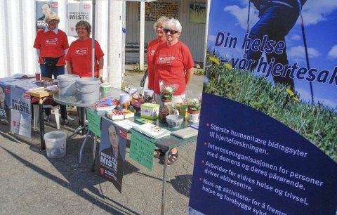 Damene i Enebakk helselag står bar demens-foredraget i Herredstyresalen tirsdag kveld.