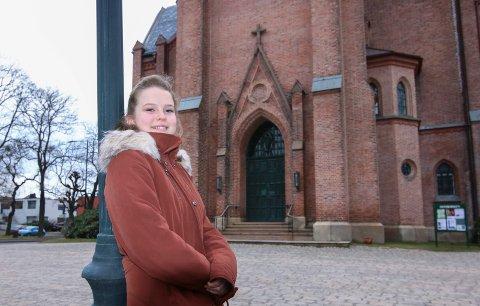 Debut: Emelie Andersen fra Gressvik skal få sin store debut på  julekonserten 11. desember.