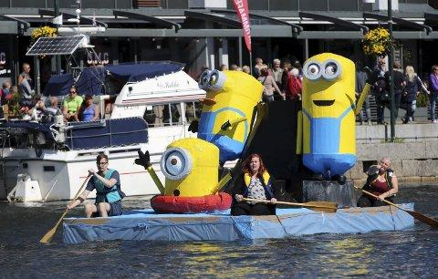 Beste båt: «The Crazy Minions» ble beste båt i pappbåtseilasen i fjor.
