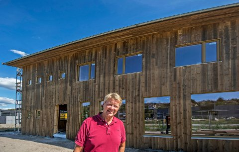 FLYTTER TIL ÅLEKILEN: Etter nesten 26 år på Bruket på Gressvik, ble Egil Norli AS «offer» for lelilighetsplanene de var med på å utvikle. Nå bygger de nytt i Ålekilen. Jeg har veldig stor tro på Ålekilen, sier Norli.