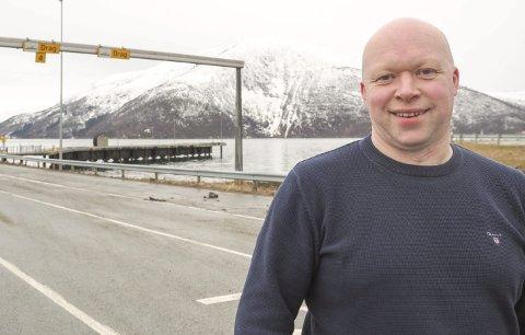 Vil ha endring: Fra fergeleiet i Kjøpsvik går det på dagtid en ferge annenhver time. Denne frekvensen kan økes til en ferge i timen om ferga fra Skarberget-Bognes settes inn her. Det er dette Tysfjord-ordfører Tor Asgeir Johansen har foreslått.