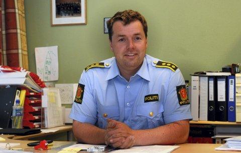 I dialog: Lensmann Jørn Flatha forteller at politiet har vært i kontakt med barnevernstjenesten angående hetsing av barnevernsansatte.Foto: Sverre Viggen