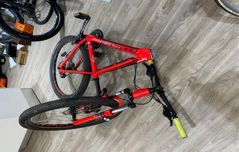 Det er produksjonsfeil på denne sykkelen.