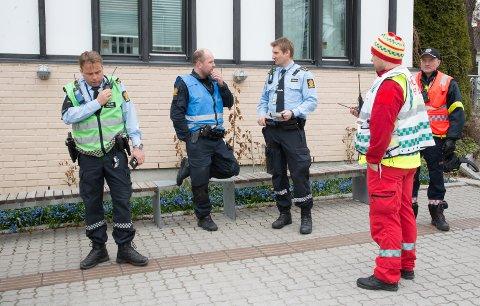 FORNØYD: Innsatsleder Frode Hjulstad (til venstre) var fornøyd med øvelsen.