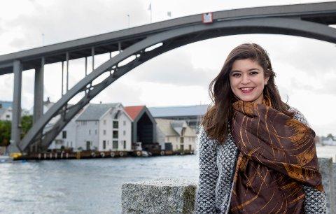 STOLT: Nancy Herz (21) og de «skamløse jentene» ble trukket frem av statsminister Erna Solberg i årets nyttårstale.