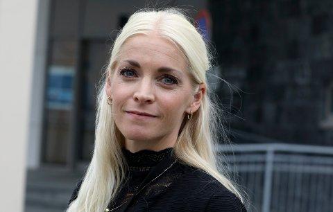 VIL VÆRE I FORKANT: Politioverbetjent Maria Runde Nygaard ved Karmøy lensmannskontor.