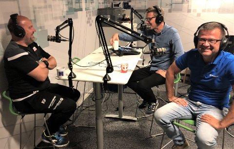 GOD STEMNING: Kolbjørn Fosen (t.v.) i Frelst-studioet, sammen med Terje Flateby og Odd Kåre Grøttland.