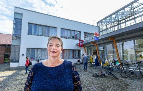 KVALITETSKRAV: Nord universitet som ledes av rektor Hanne Solheim Hansen har fått to år på seg til å innfri kvalitetskravene i et doktorgradsprogram.