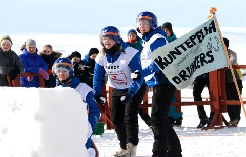 Inspirerer: Yukigassen Norway får stadig forespørsler om å dele sin kunnskap med andre som vil arrangere konkurranser. Her ser vi laget Kuntepella Drunkers i aksjon i 2014.
