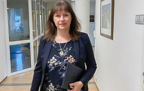 FLERE SMITTEDE: Siden mandag formiddag har Alta kommune fått ni nye smittede, slik at man nå er oppe i 30 personer som befinner seg i isolasjon. Smittetallene bekymrer Alta-ordfører Monica Nielsen (Ap).