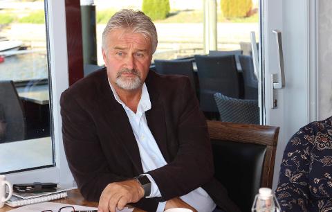FØRSTE SOMMER: Administrerende direktør Bernt Dahle i Drangedal Bilruter sier busstilbudet vil fortsette neste sommer.