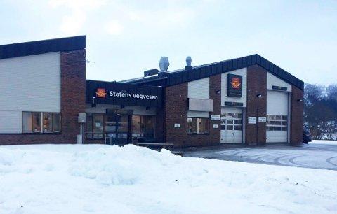 VIDEREFØRES: Kontroll av både tunge og lette kjøretøy, som var planlagt sentralisert til Verdal, fortsatt vil skje fra Namsos trafikkstasjon