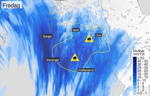 Meteorologenes farevarsel fredag handler om styrtregn og gjelder i skrivende stund for Rogaland i tillegg til Østafjells.