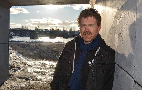 """KJETIL SÆTER: DN-journalist og elverumsing Kjetil Sæter har med kollega Eskil Engdal gitt ut dokumentaren """"Jakten på Thunder""""."""