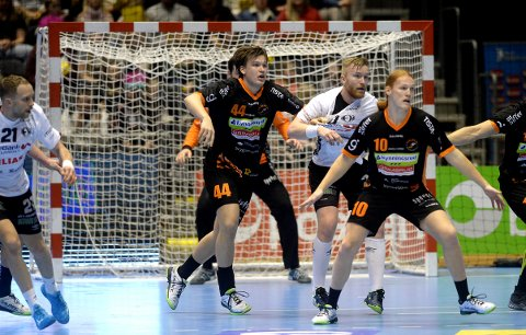 NYE TIDER: I fjor spilte Thomas Solstad for Halden i cupfinalen. I år skal han møte Halden i semifinalen som Elverum-spiller.