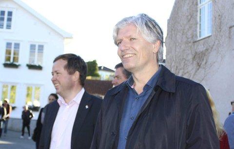 SKEPSIS: Ordfører Robin Kåss har liten tro på Ola Elvestuens håndtering av deponisaken.