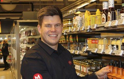 KAN SMILE: Meny Hovenga-kjøpmann, Thomas Holmberg.