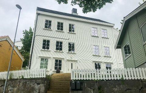 Dette huset på Innlandet i Kristiansund ble seksjonert opp og solgt videre med store mangler av eiendomsutvikleren.