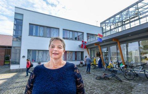 Hanne Solheim Hansen skal begrunne nedleggelsen under høring i Stortinget.