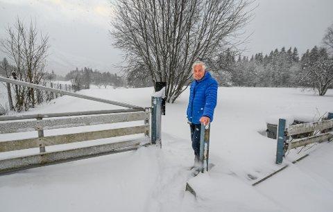 Rådgiver Dag-Arnfinn Nilsen i seksjon for miljø og landbruk i Rana kommune fikk marsjordre fra et samlet kommunestyre å gå i nye forhandlinger med grunneier angående langsiktig festeavtale eller kjøp av arealene på Hauknesodden.