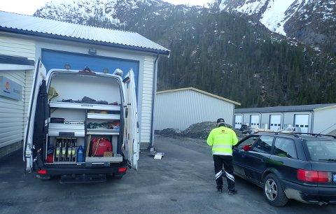Kontroll av ungdomsbiler i Mosjøen.
