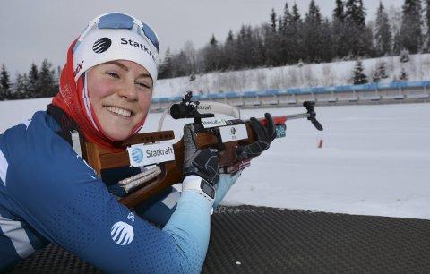 Fornøyd: Sigrid Bilstad Neraasen vant lørdagens norgescuprenn i Folldal. Mandag reiste skiskytteren fra Åsmarka til IBU-cup i Østerrike. Foto: Arkiv
