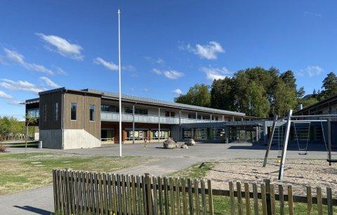 200 PERSONER STREIKER: 199 personer i Ringsaker tas ut i streik, deriblant 50 ansatte ved Fagerlund skole.