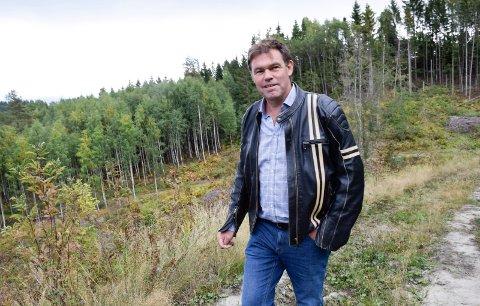 GLEMT: Frederik Skarstein spør om kommunen har glemt forhistorien til den nye bydelen og veibyggingen.
