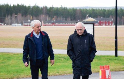 URIMELIG: Terje Dahlen (t.h.) og Ola Tronrud mente det var urimelig å måtte gå løs på en ny regulering av restarealet senere.