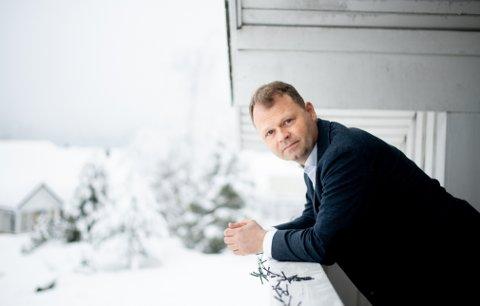 KRITISK TIL VEDTAK: Advokat Rikard Berg tror at verdien på mange boliger i nærheten av skredgropa har sunket dramatisk.