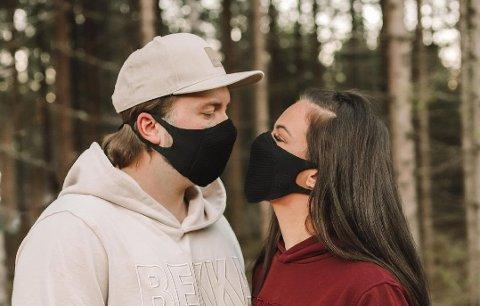 Over: Robin og Sara Emilie er ikke lenger kjærester. Foto: Privat