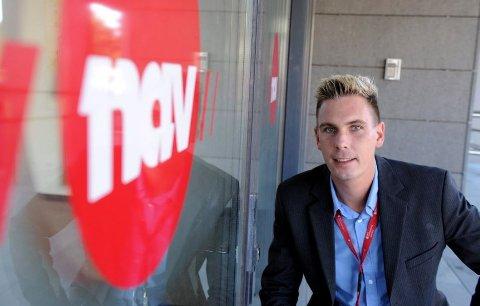 Henning Fjell Johansen er NAV-leder i Sandefjord. Han er fornøyd med at arbeidsledighetstallene går ned.