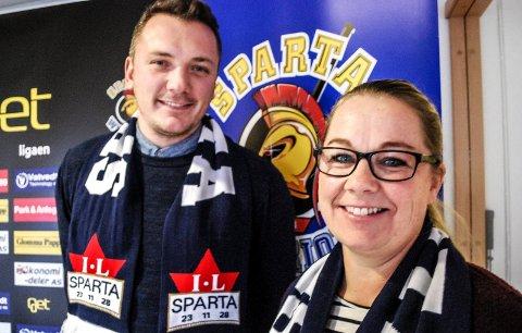 GRATISKAMP: Mats Weberg og Line Holth håper mange vil bidra til gratiskampen mellom Sparta og Stavanger lørdag 2. november.